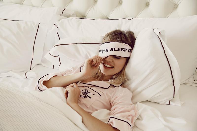 Anti-ageing polštářek: Na čem spí celebrity?